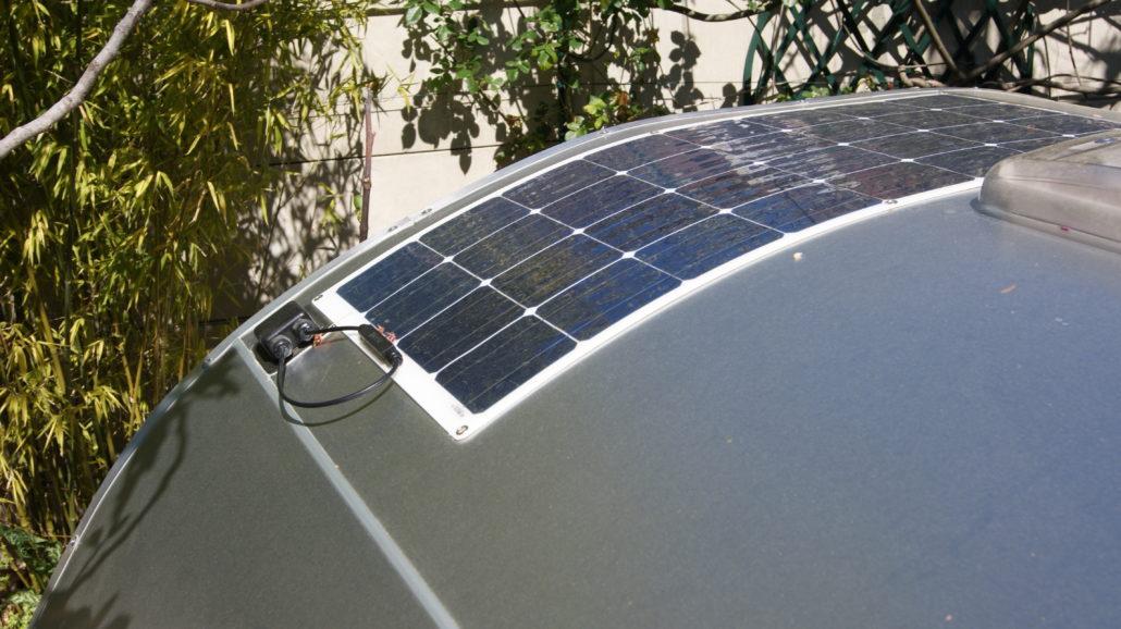 teardrop ma cabane du canada panneau solaire